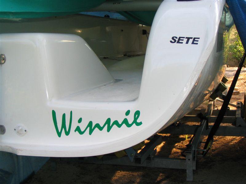 Marquage du nom du bateau