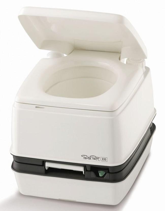 Astus 20.1 : Quel WC chimique dans un petit trimaran ?