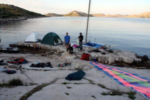 Raid Croate en cata et kayak-2-île de ZUT